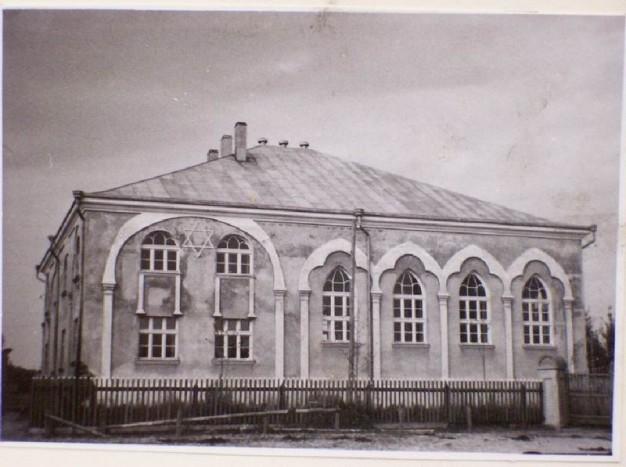 Atkuriama senoji Švėkšnos sinagoga